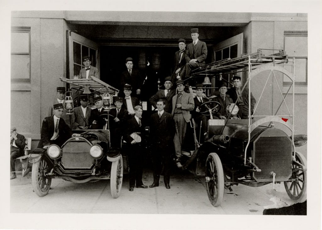 Ventura firefighters posing with their engines in 1919