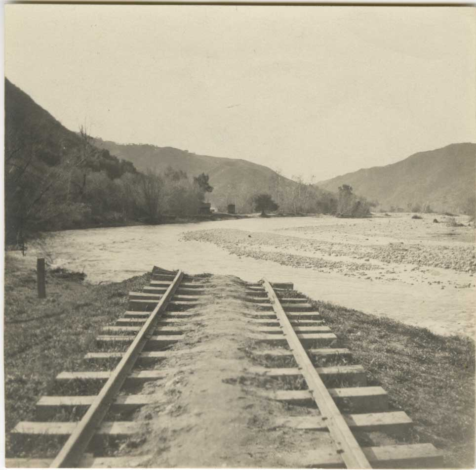 The Ventura River flooded in 1914